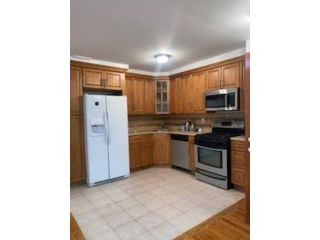 2 BR,  1.00 BTH Multi-family style home in Mill Basin
