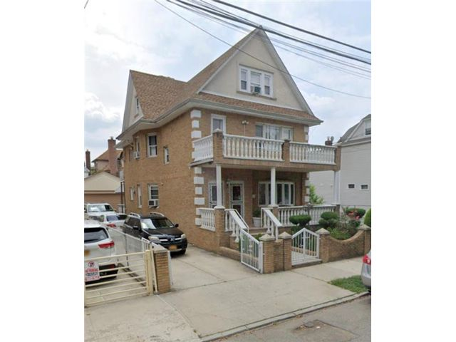 [Dyker Heights Real Estate, listing number 7001813]