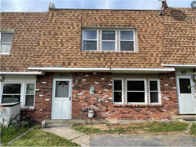 3 BR,  2.00 BTH Condo style home in Wallkill