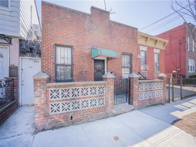 3 BR,  1.00 BTH Single family style home in East Flatbush