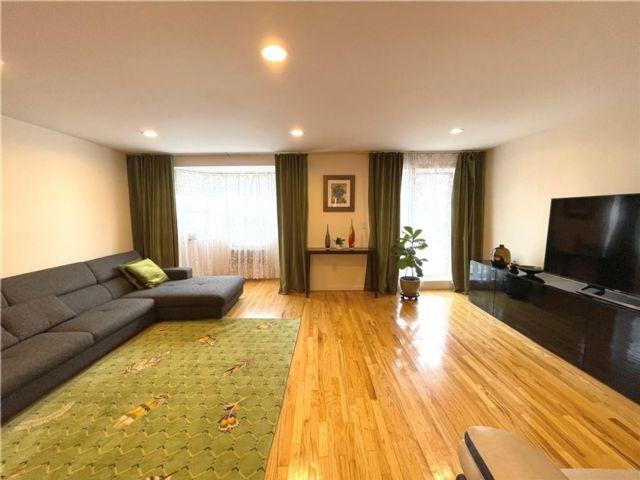 2 BR,  2.00 BTH Condominium style home in Bergen Beach