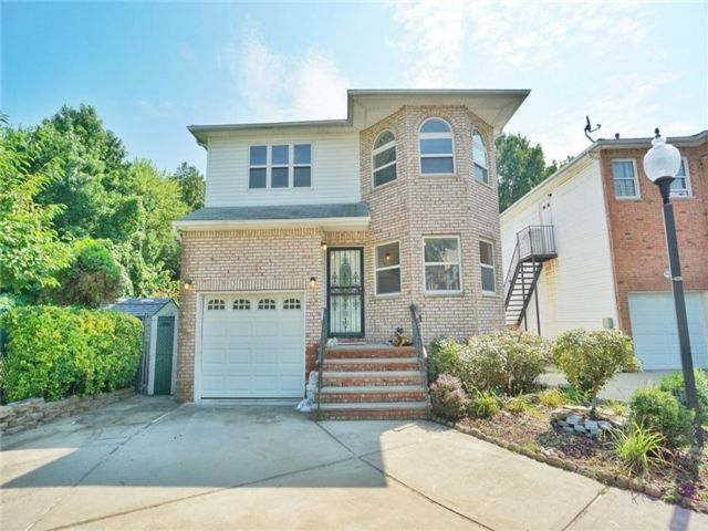 5 BR,  4.00 BTH Single family style home in Woodrow