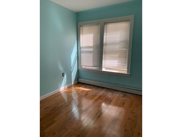 2 BR,  1.00 BTH Apartment style home in Bellerose