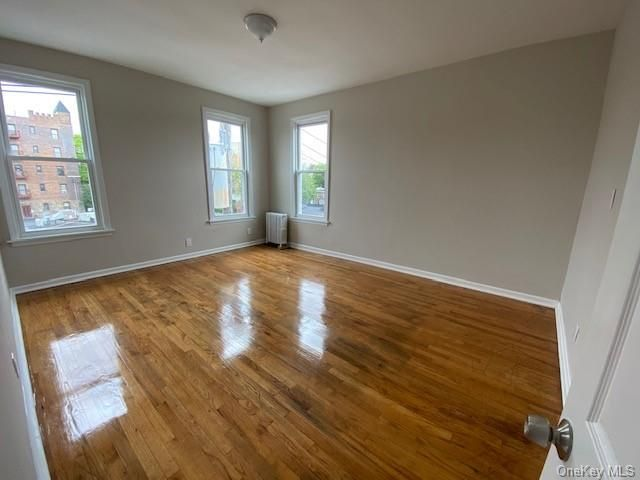 2 BR,  1.00 BTH Multi family style home in Mount Vernon