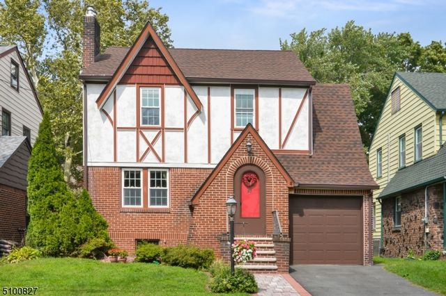 3 BR,  1.55 BTH Tudor style home in Bloomfield