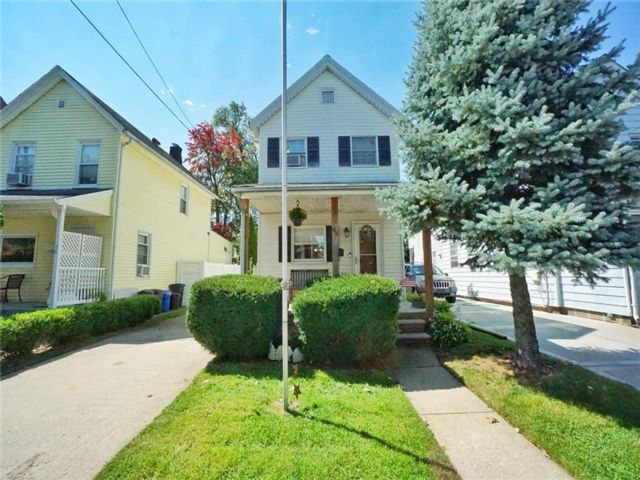 2 BR,  1.00 BTH Single family style home in Tottenville