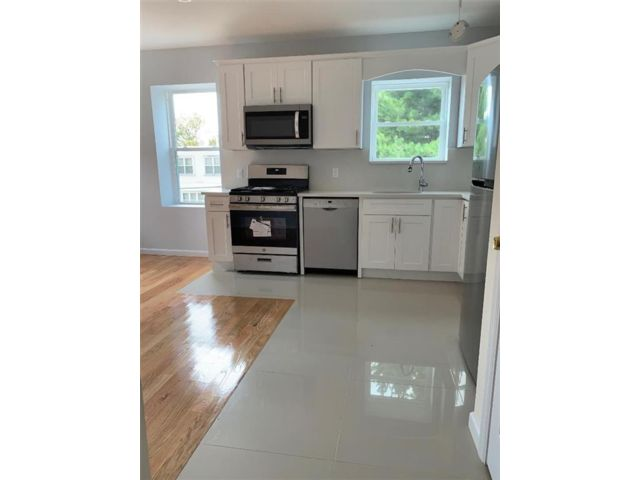 2 BR,  1.00 BTH Multi-family style home in Marine Park