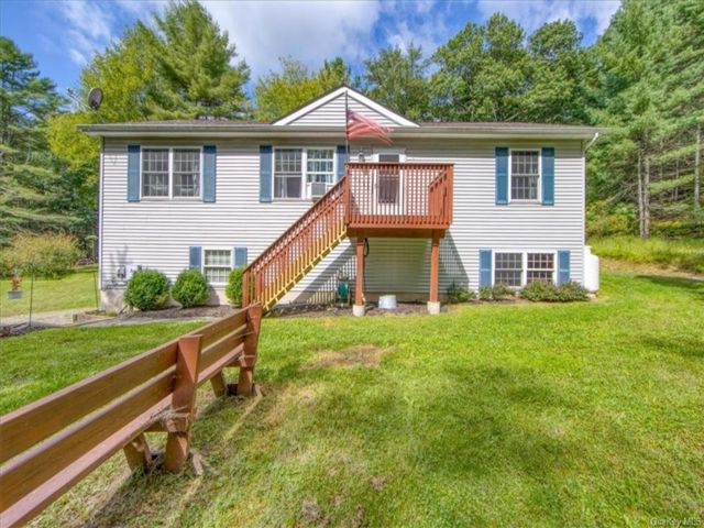 3 BR,  2.00 BTH Ranch style home in Lumberland