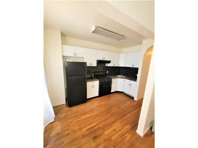3 BR,  1.00 BTH Multi-family style home in Crown Heights