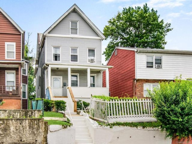 4 BR,  2.00 BTH Other style home in Mount Vernon