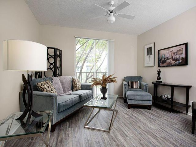 2 BR,  2.00 BTH Apartment style home in Coral Springs