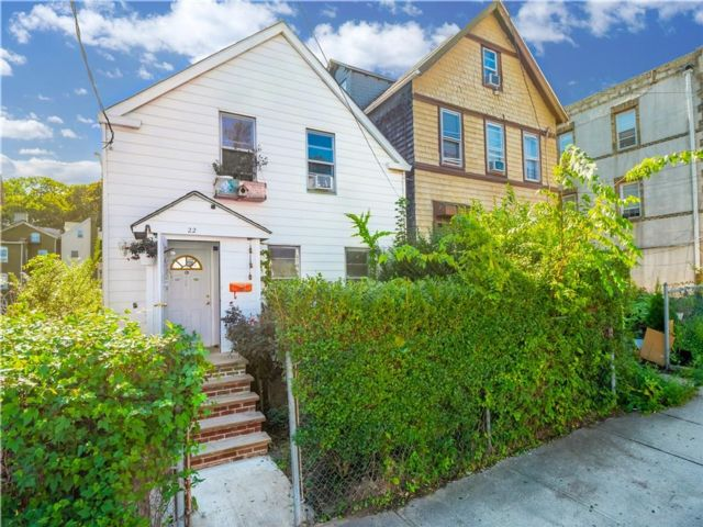 2 BR,  2.00 BTH Single family style home in Tompkinsville