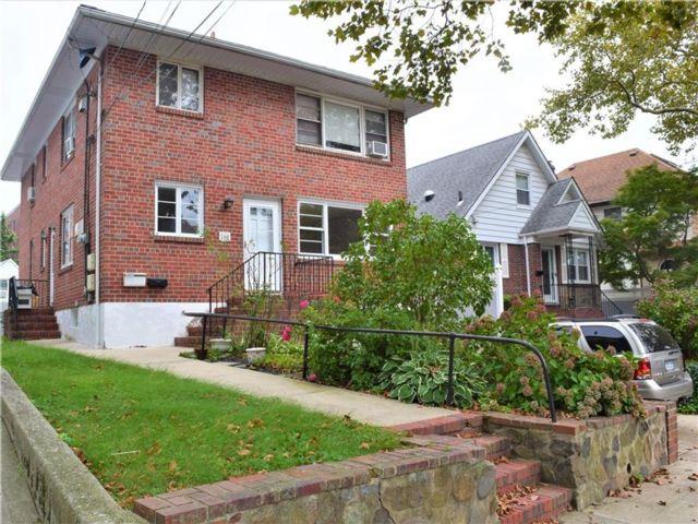 2 BR,  1.00 BTH Multi-family style home in Grant City