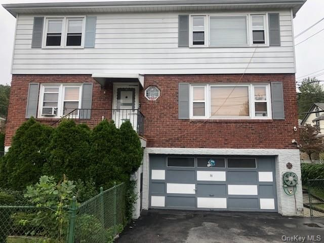 3 BR,  2.00 BTH Apartment style home in Yonkers