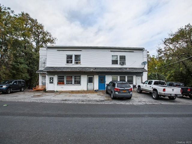 Studio,  0.00 BTH Commercial style home in Wawarsing