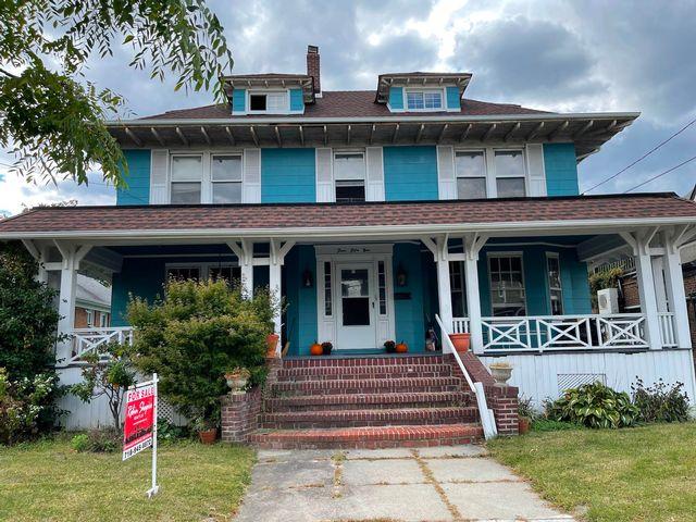 [Belle Harbor Real Estate, listing number 7006281]