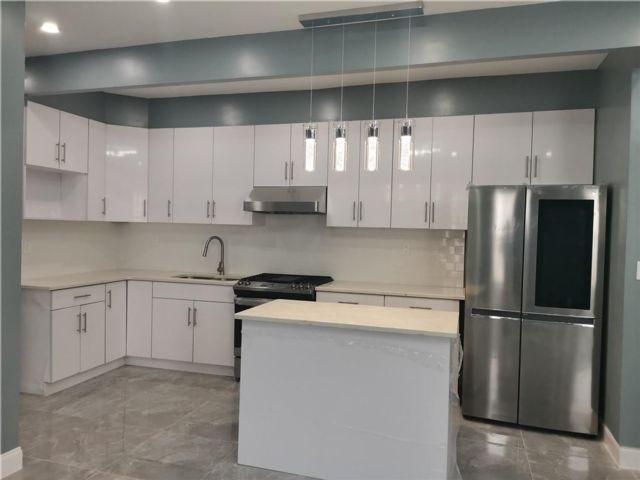 5 BR,  2.00 BTH Multi-family style home in Bay Ridge