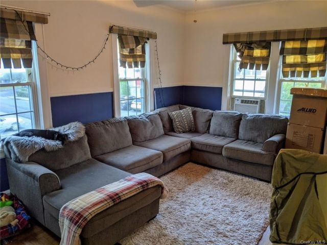 2 BR,  1.00 BTH Apartment style home in Eastchester