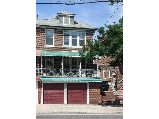 7 BR,  0.00 BTH Multi-family style home in Dyker Heights