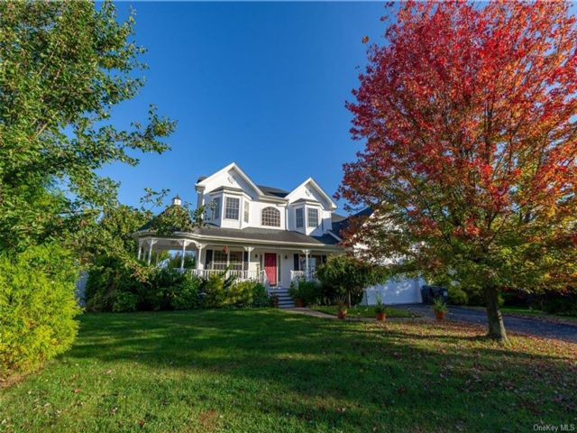 4 BR,  3.00 BTH Single family style home in New Windsor