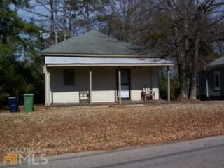 2 BR,  2.00 BTH Single family style home in Griffin