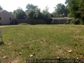 4 BR,  3.00 BTH Single family style home in Bakersfield