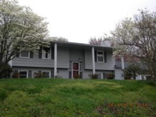3 BR,  2.00 BTH Single family style home in Fall River