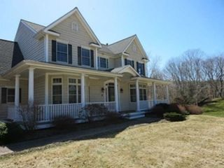 3 BR,  1.00 BTH Cape cod style home in New Bedford
