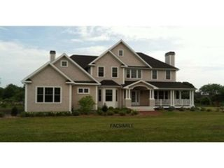 5 BR,  3.00 BTH Multi-family style home in New Bedford