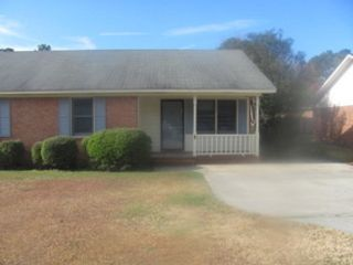 4 BR,  2.00 BTH  Single family style home in Pinellas Park