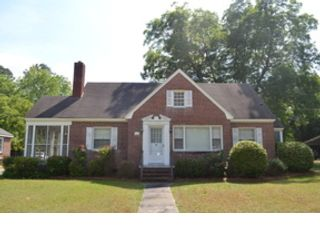 3 BR,  0.00 BTH Multi-family style home in Lancaster