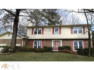 7 BR,  5.50 BTH Traditional style home in Lilburn