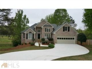 4 BR,  2.50 BTH  Traditional style home in Johns Creek