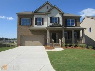 5 BR,  4.00 BTH Craftsman style home in Flowery Branch