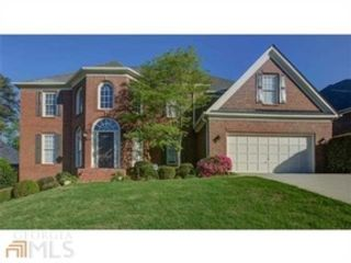 5 BR,  3.50 BTH Traditional style home in Alpharetta