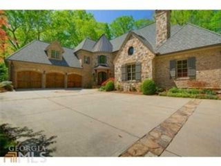 7 BR,  4.50 BTH  Traditional style home in Suwanee