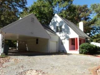 Studio,  0.00 BTH Commercial style home in Belmont