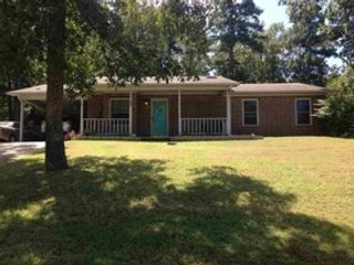 5 BR,  4.50 BTH  Single family style home in Hot Springs