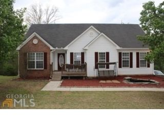 4 BR,  4.50 BTH Single family style home in Oxford