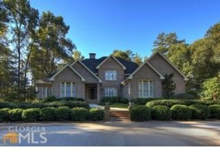 5 BR,  4.50 BTH  Single family style home in Conyers