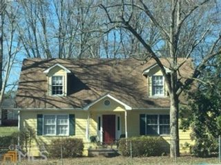 3 BR,  1.00 BTH Traditional style home in Covington