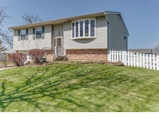 3 BR,  1.50 BTH  Single family style home in Carol Stream