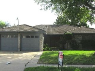 5 BR,  3.50 BTH Single family style home in Humble