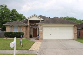 4 BR,  2.50 BTH  Single family style home in Cypress