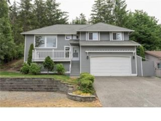 3 BR,  2.50 BTH Single family style home in Anacortes