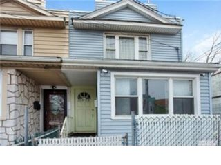 4 BR,  2.50 BTH  2 story style home in Happy Valley