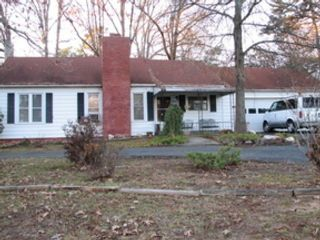 3 BR,  2.00 BTH Single family style home in Lake City