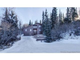3 BR,  2.50 BTH Single family style home in Anchorage