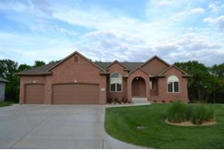 5 BR,  2.00 BTH  Ranch style home in Wichita