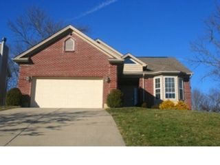 4 BR,  4.00 BTH Transitional style home in Lawrenceburg